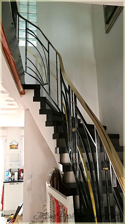 escalier fer forg et bois cool garde corps escalier descalier a lisses interieur fer forge with. Black Bedroom Furniture Sets. Home Design Ideas